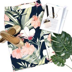 Ann Taylor Island Floral Pencil Skirt